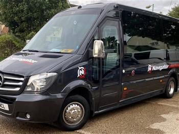 Navigator minibus